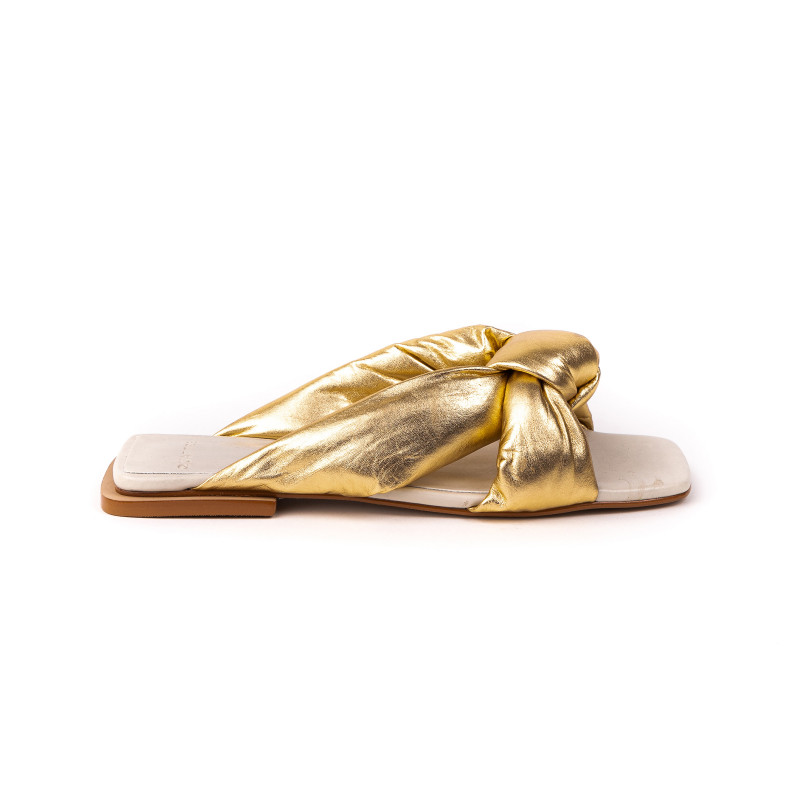 Flat Flopy Gold